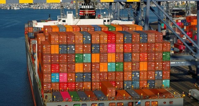 Shipping containers are pictured stacked on a ship docked at Yusen Terminals (YTI) on Terminal Island at the Port of Los Angeles in Los Angeles, California, U.S., January 30, 2019. (Reuters Photo)