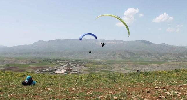 Winds of change: Paragliders scale cliffs of terror-free Şırnak