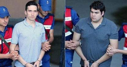 Greek soldiers arrested on espionage charges released pending trial