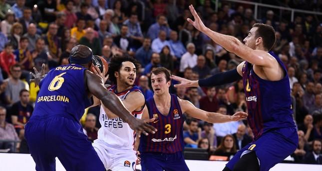 Anadolu Efes leaves Euroleague Final Four advance to Game 5 against Barcelona