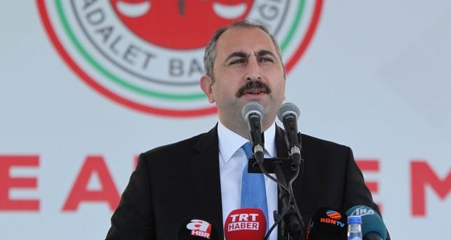 وزير العدل التركي يسمح بمقاضاة مشتبهين بالاعتداء على السفارة الأمريكية بأنقرة