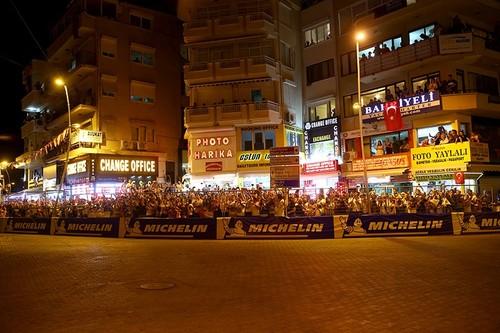 موغلا التركية تستضيف الجولة الاستعراضية لبطولة العالم للراليات
