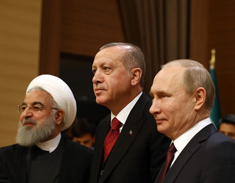 President Recep Tayyip Erdou011fan (C) with Iran's Hassan Rouhani (L) and Russia's Vladimir Putin (AA Photo)
