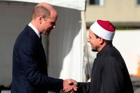 Prince William visits Christchurch mosques, says gunman failed to spread hate