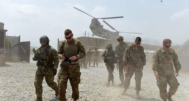 الجيش الأميركي بدأ بالانسحاب من قاعدتين في أفغانستان