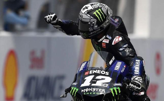 Monster Energy Yamaha's Spanish rider Maverick Vinales celebrates his victory in the MotoGP-class Malaysian Grand Prix motorcycle race at the Sepang International Circuit in Sepang, Nov. 3, 2019. AFP Photo