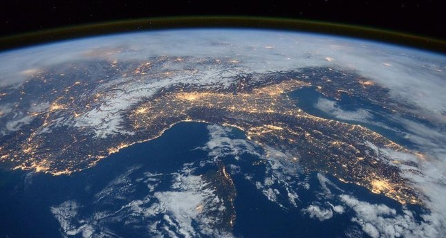 European Space Agency to launch satellite monitoring earth ...