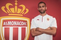 Slimani joins Monaco on season-long loan