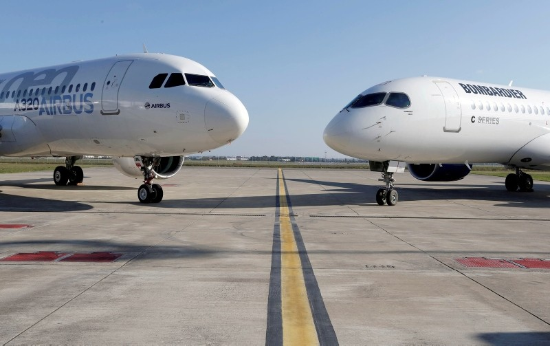 An Airbus A320neo aircraft and a Bombardier CSeries aircraft are pictured in Colomiers near Toulouse, France, October 17, 2017. (Reuters Photo)