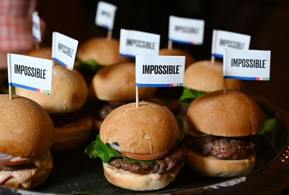 The Impossible Burger 2.0 is the new and improved version of the company's plant-based vegan burger that tastes like real beef.