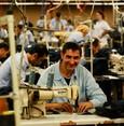قطاع الصناعات التحويلية يرتفع إلى أعلى مستوى منذ 77 شهرا
