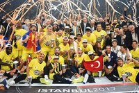 Istanbul heavyweights Fenerbahçe beat Greece's Olympiacos 80-64 late Sunday, winning the Turkish Airlines Euroleague cup for Turkey for the first time.