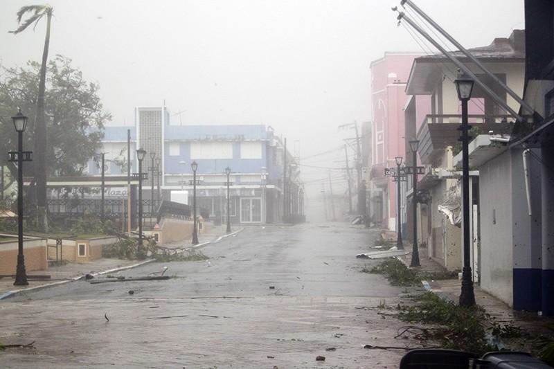 Hurricane Maria hits Puerto Rico in Fajardo. on September 19, 2017 (AFP Photo)
