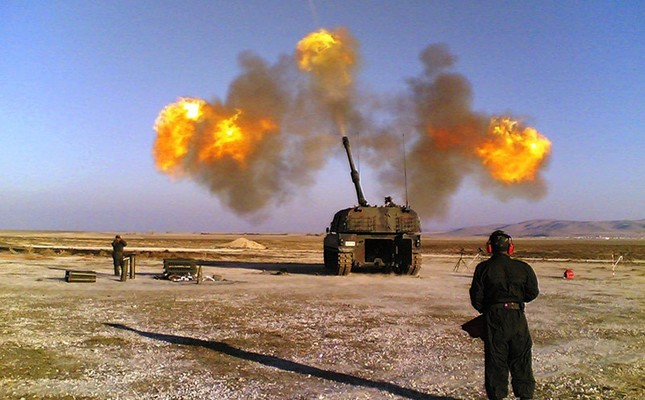 Turkish artillery pounds terror targets in Syria. (File Photo)