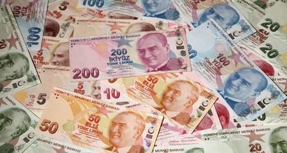 Turkish lira rallies after Pompeo says expects talks on US pastor Brunson