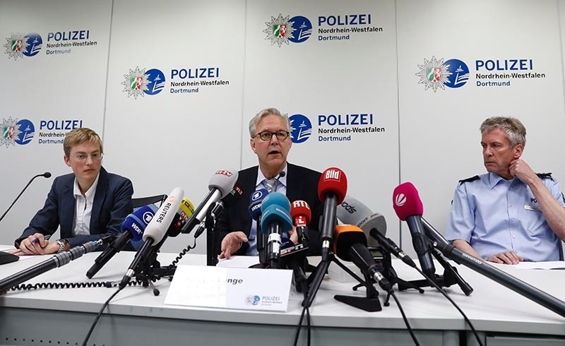 (L-R) State Prosecutor Sandra Luecke, Dortmund Chief of Police, Gregor Lange and Police Superintendent Michael Stein addresses a press conference at Police headquarters (AFP Photo)
