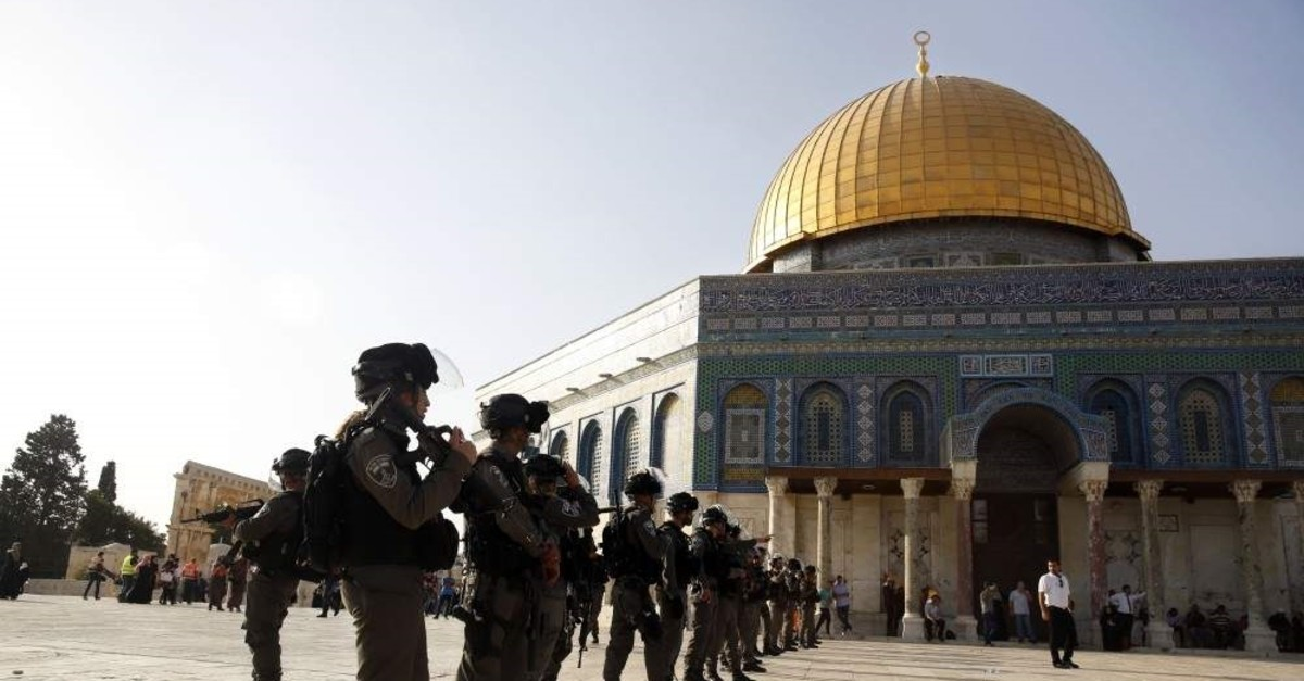 Israeli border police stand guard at the Al-Aqsa Mosque compound, Jerusalem, July 27, 2017. (AP Photo)