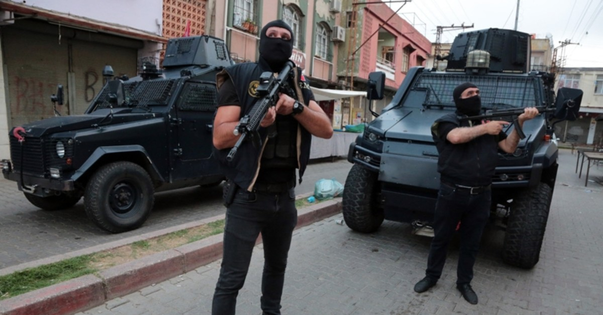 Security forces participate in an anti-terror operation in southern Adana province (Sabah Photo)