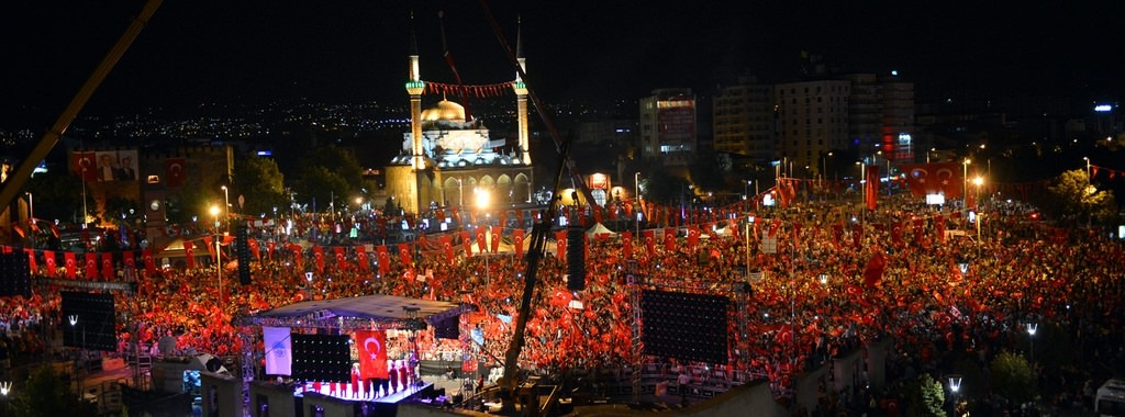 Millions across Turkey stand against failed coup in a spectacular display of unity