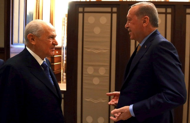 MHP Chairman Devlet Bahçeli (L) announced Monday that his party would not nominate a candidate and instead support President Recep Tayyip Erdoğan's re-election, which became the first step toward a political alliance for 2019 presidential elections