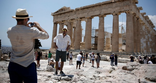 Tourism projects hit trouble in Greece