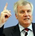 Horst Seehofer will in Bayern doch weitermachen