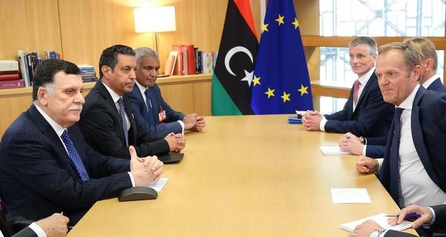 الاتحاد الأوروبي: هجوم حفتر على طرابلس تهديد للسلم الدولي