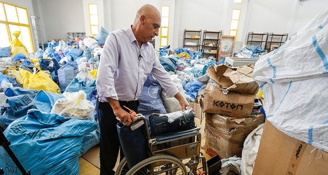 Israel delivers 10 tons of mail to Palestine 8 years late