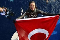 Turkey's record-holding female free diver pushes limits of mind, body