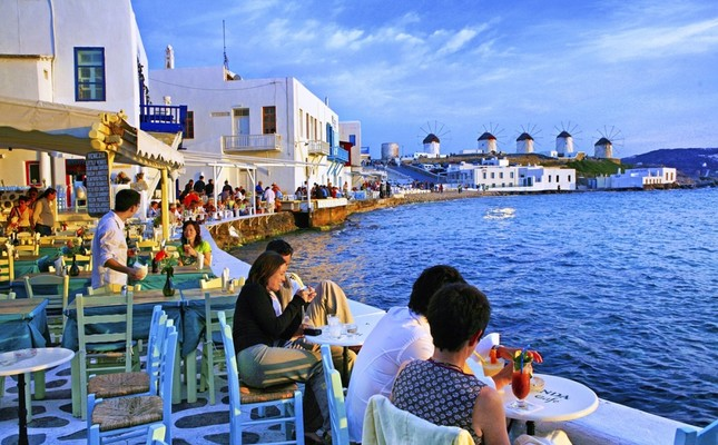 Greek business owners unhappy over visa cancellation for Turks