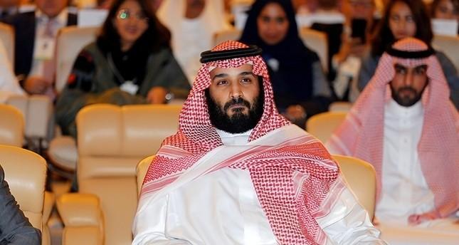 السعودية.. إيقاف 10 أمراء وعشرات الوزراء السابقين على خلفية قضايا فساد