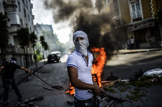 Tensions high after Lice demonstrations in Istanbul
