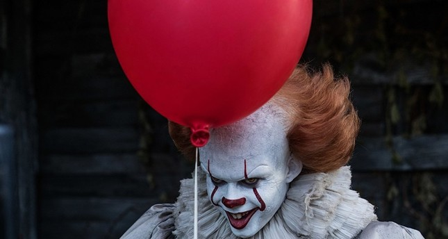 Bill Skarsgard plays the leading role in It.