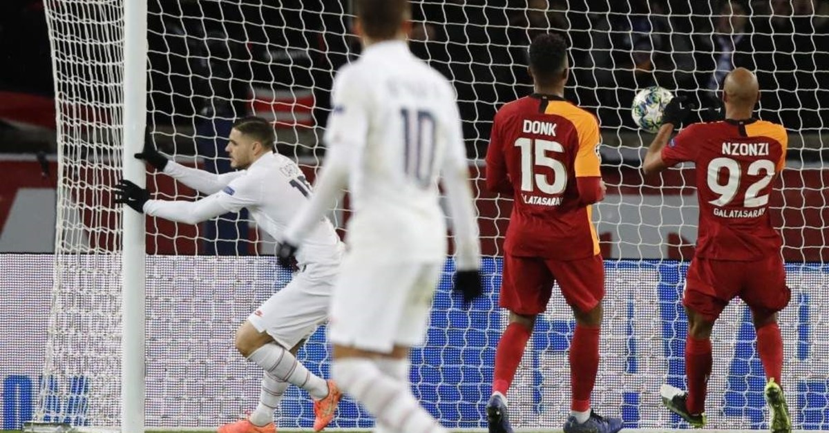 Galatasaray players watch as PSG's Icardi scores the opener in Paris, Dec. 11, 2019. (AP Photo)
