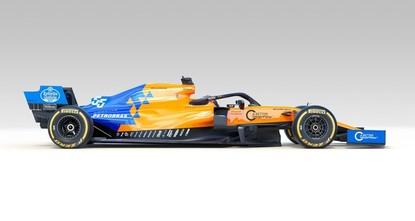 Love at first sight for Sainz as McLaren show off new car