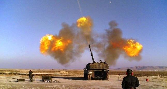 المدفعية التركية تدمر 100 هدف لداعش.. وتقضي على 22 إرهابياً