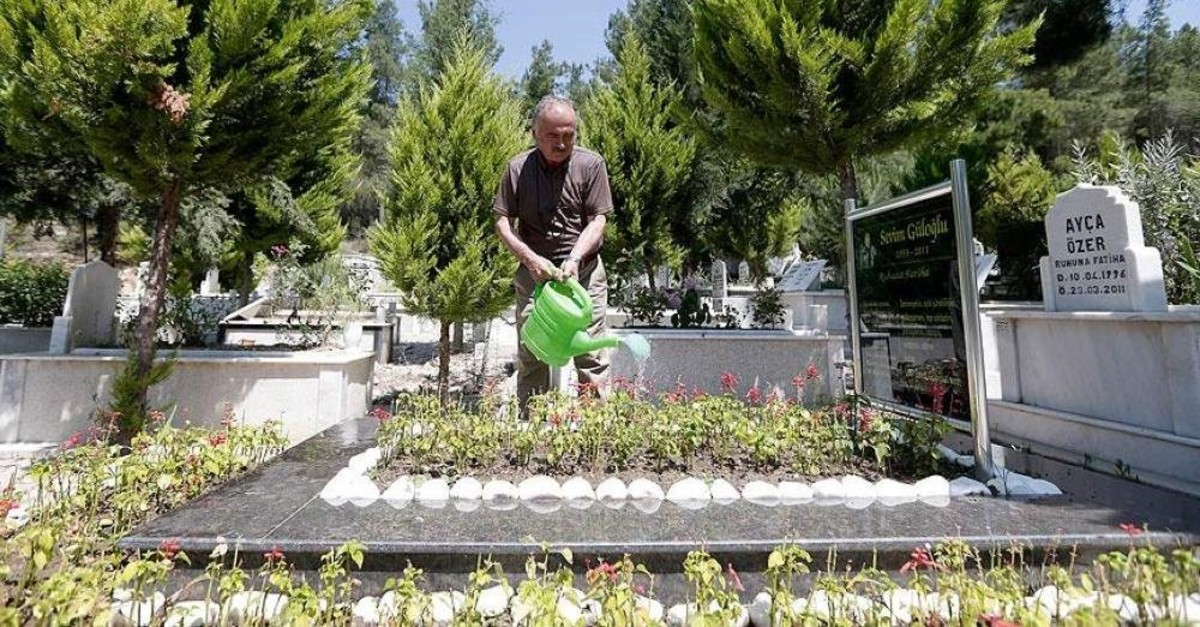 Istanbul has some of the the most expensive burial plots in Turkey. (AA Photo)