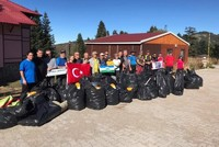 Volunteer mountaineers clean up Mount Uludağ