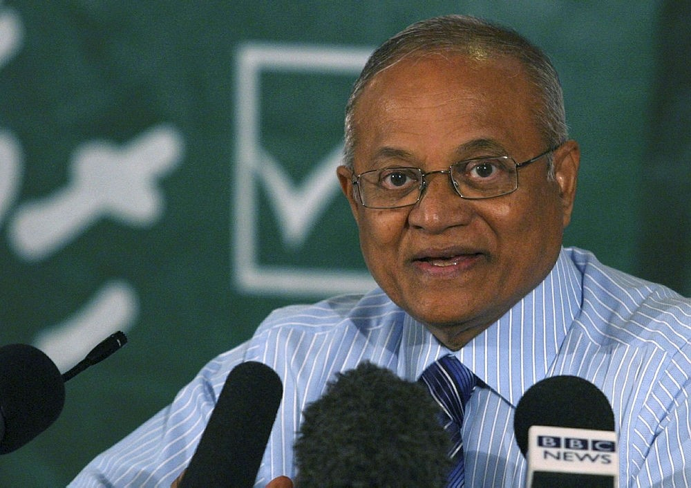 Former Maldives President Maumoon Abdul Gayoom speaks during a media briefing in Male August 19, 2007. (REUTERS Photo)