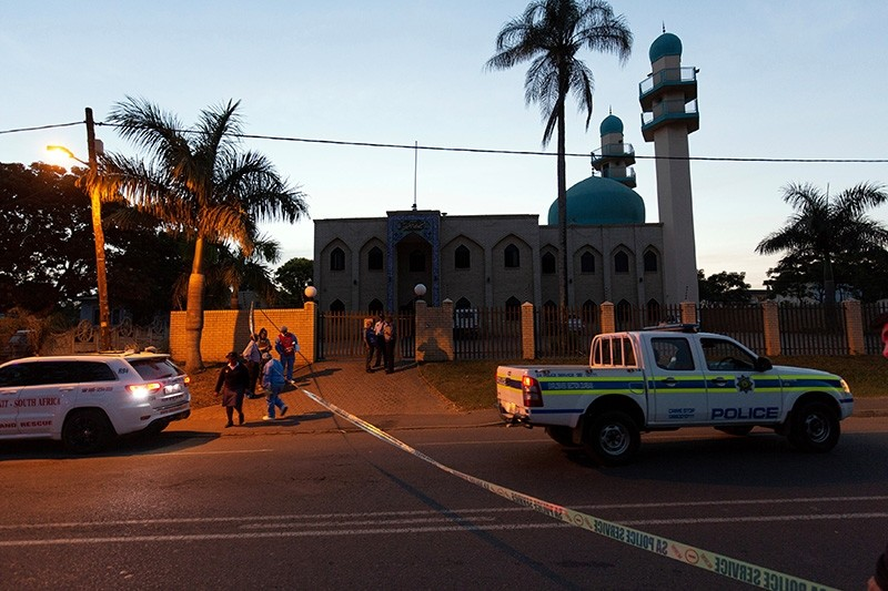 Police investigators collect evidence at a mosque where three men where attacked in Ottawa, South Africa May 10, 2018. (Reuters Photo)