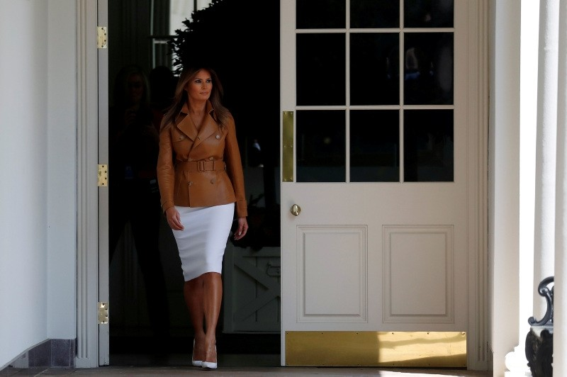 U.S. first lady Melania Trump enters the White House colonnade as she arrives for the launch of her ,Be Best, initiative in the Rose Garden at the White House in Washington, U.S., May 7, 2018. (REUTERS Photo)