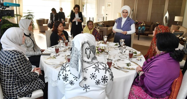 First lady hosts luncheon for wives of OIC leaders