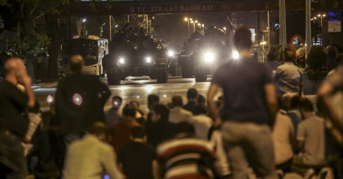 Anti-coup civilians confront putschists in tanks, Ankara, Jul. 15, 2016. (AA Photo)
