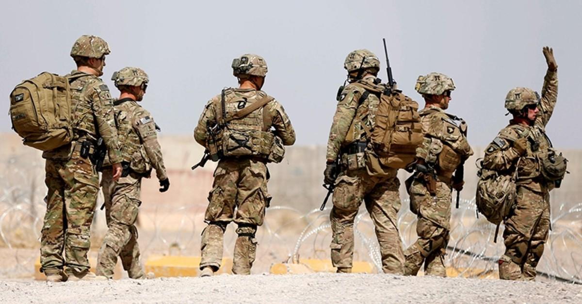 U.S. troops walk outside their base in Uruzgan province, Afghanistan July 7, 2017 (Reuters Photo)