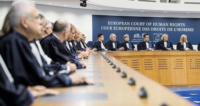 أعضاء في المحكمة الأوروبية لحقوق الإنسان (من الأرشيف)