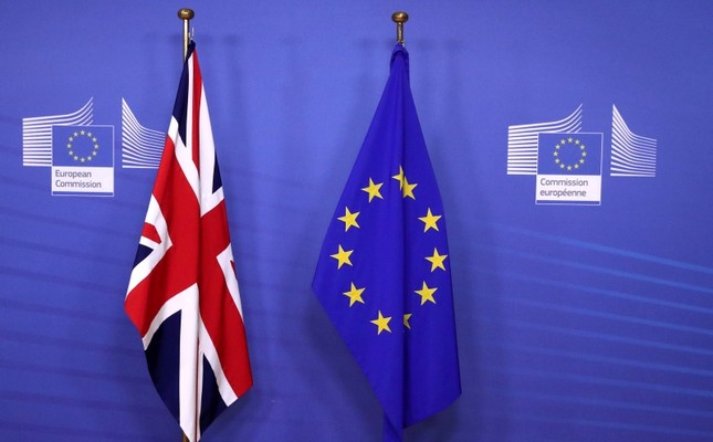 Flags of the UK and the EU are seen before UK's Prime Minister Theresa May meets with European Commission President Jean-Claude Juncker to discuss draft agreements on Brexit, at the EC headquarters in Brussels, Belgium, Nov. 21, 2018. (Reuters Photo)