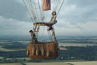 'The Aeronauts': Enjoyable balloon adventure in the sky