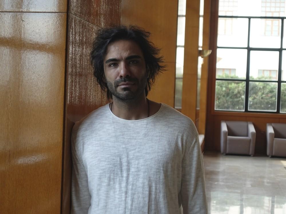 Ali Ghamsari performed at Cemal Reu015fit Rey Concert Hall in Istanbul recently.