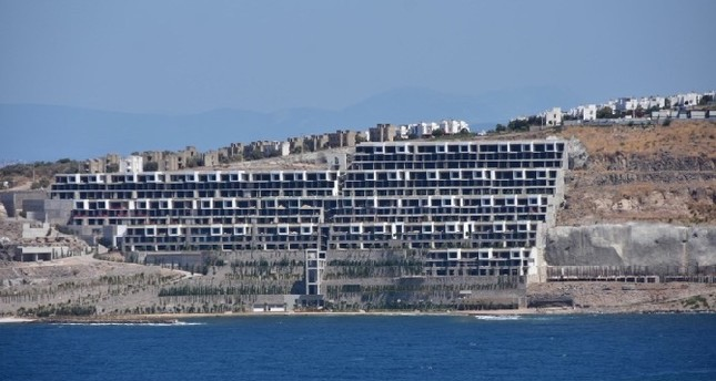 Turkish gov't takes steps against eyesore buildings along Bodrum's coast
