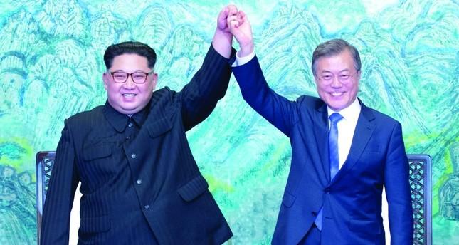 الوفد الكوري الجنوبي ينقل رسالة الرئيس مون إلى كيم جونغ أون